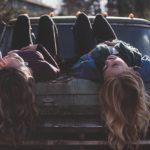 Vzťah dvoch najlepších priateliek má byť nerozlučiteľný